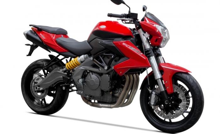 мотоцикл Benelli