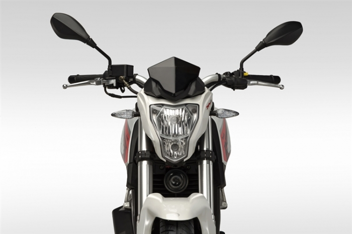 Geon-Benelli TNT25 ABS 2017